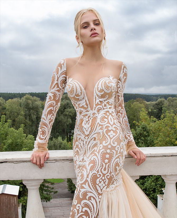 "Haute Couture Wedding Gown: Nurit Hen Haute Couture 2017 ""Ivory&White"" Bridal"