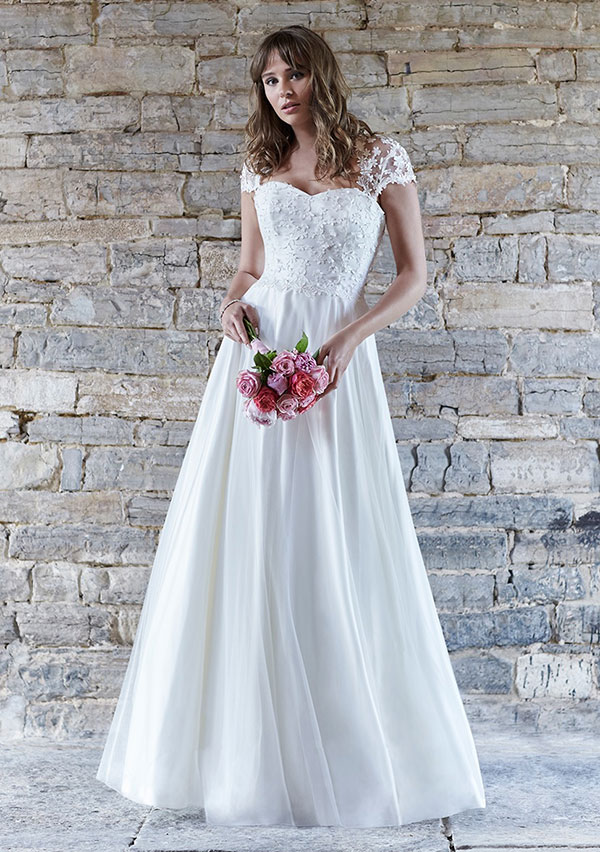 So Sassi 2016 Bridal Collection Is All About Feminine