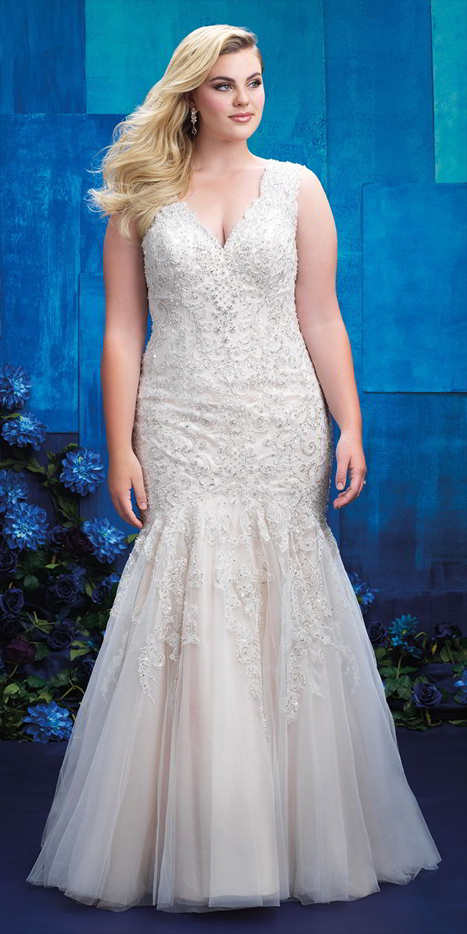 Allure women spring 2017 plus size wedding dresses world for Best wedding dresses for size 12