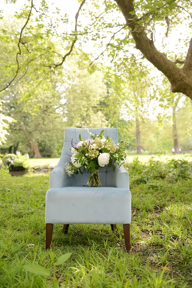 Wedding Chair - Morden Hall Styled Wedding - Eva Tarnok Photography