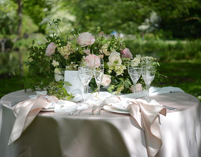 Wedding Table Decoration - Morden Hall Styled Wedding - Eva Tarnok Photography