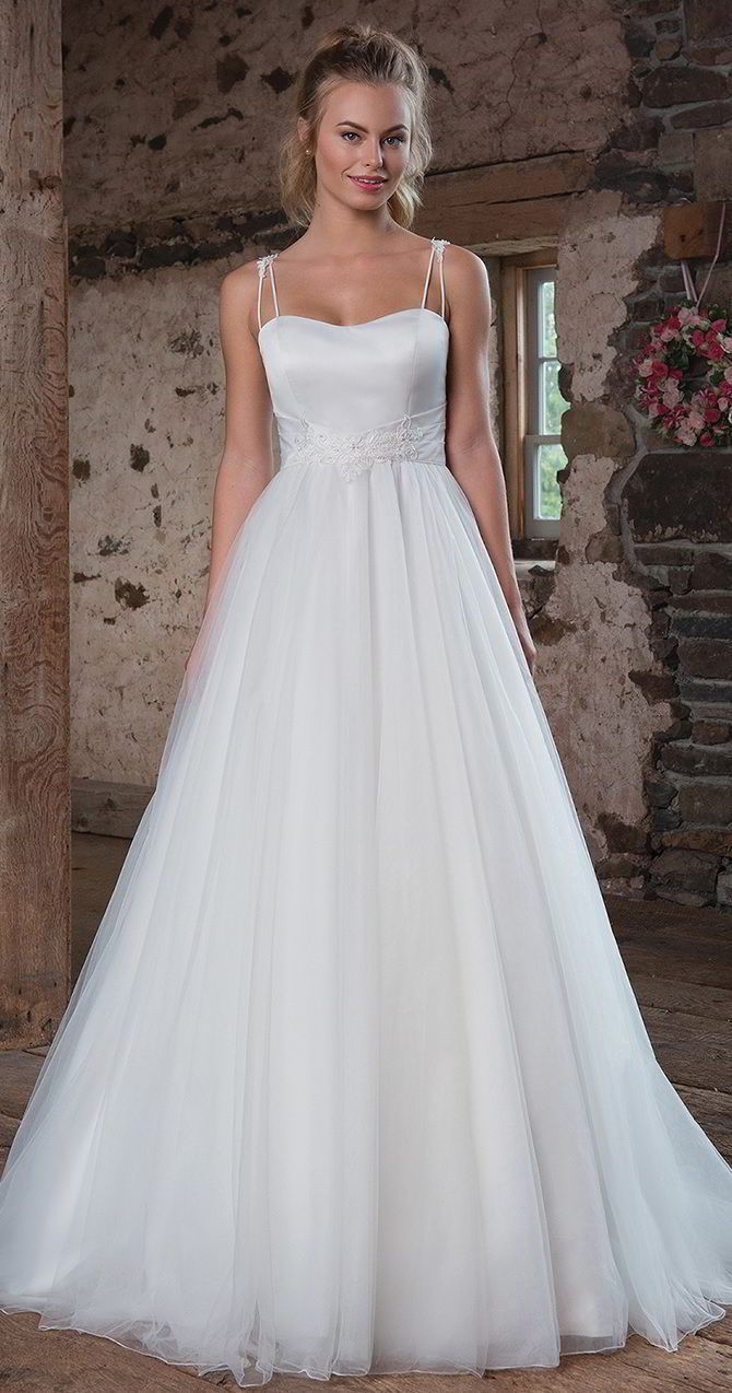 Sweetheart Gowns Fall 2017 beautiful satin and tulle wedding ball gown