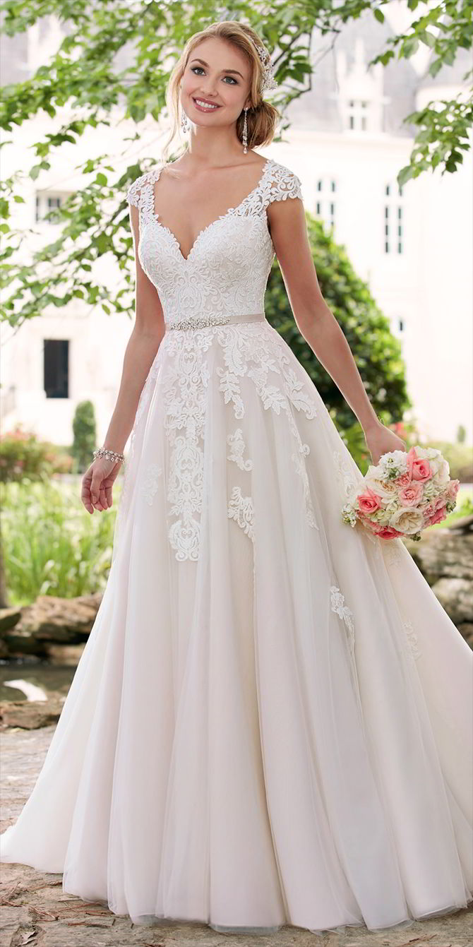 Stella York Spring 2017 Cap Sleeve Wedding Dress