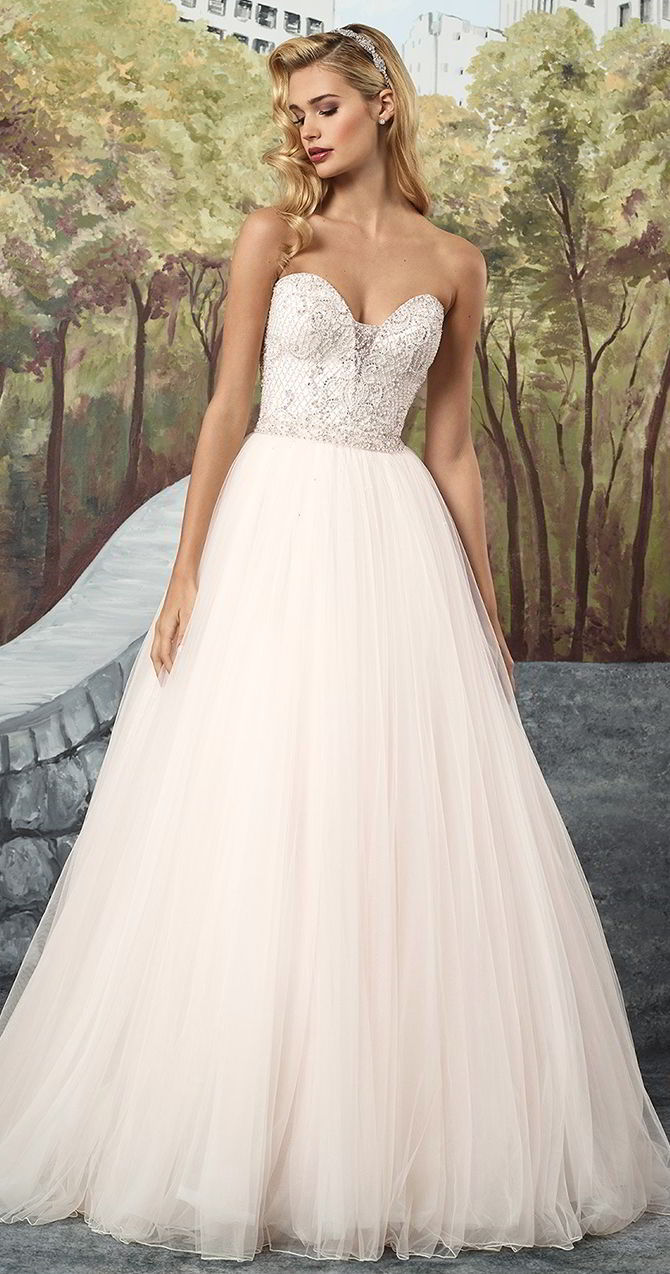 5b960fb5c227 Justin Alexander Fall 2017 Tulle Ball Gown with Hand Beaded Lattice Bodice